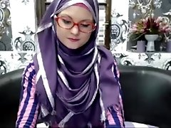 Super skinny teen in hijab -...