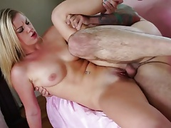 xhamster Gets sex and cum on pussy