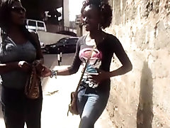 Kenyan lesbians caught on camera...