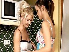 Naked hot lesbian babes