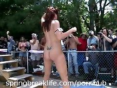 xhamster www.xxxfuss.com Nudity...
