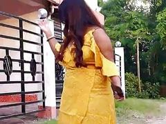Alluring Indian girl hot adult clip
