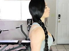 Fitness goddess working on her...