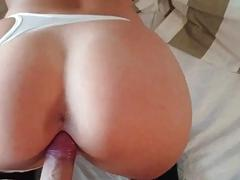 Amateur Teen Squirting on her...