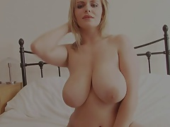 Curvy blonde shows her amazingly...
