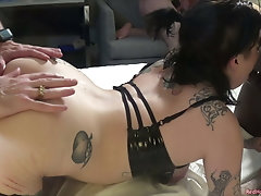 Lily Noel lets a room full of...